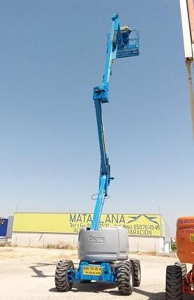 Plataforma articulada de 15 metros diésel