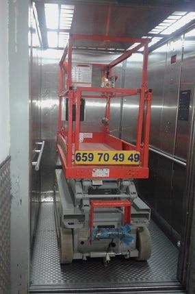 plataforma elevadora de tijera pequeña Skyjack 3215 - 6 metros